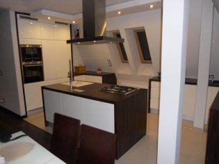 kuchnia-biel-drewno-7