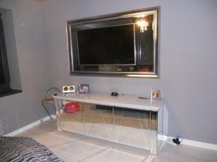 stolik-pod-tv